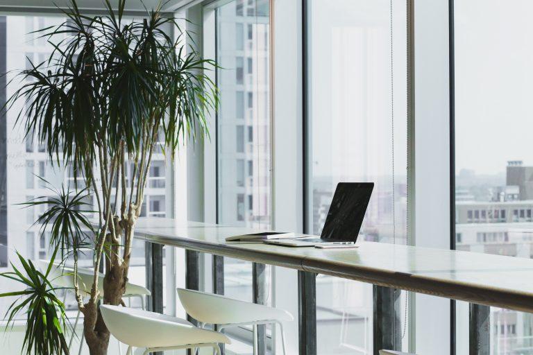 Laptop met uitzicht - nieuwe website online